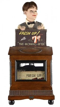 7Up Advertising Automaton Store Display : Lot 1017