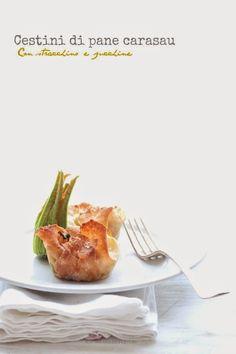 Cestini di pane carasau con stracchino e zucchine