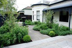 Front garden in Malvern, Melbourne. Designed by Jim Fogarty Front Gardens, Formal Gardens, Outdoor Gardens, Garden Beds, Garden Art, Garden Design, Garden Projects, Design Projects, Outdoor Landscaping