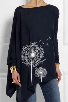 Specification Style Casual Pattern Dandelion Detail Printed Sleeves Type Long sleeve Collar Crew neck Material Polyester Season Fall,winter Occasion Daily life,Going out Size Bust Length Sleeves Length inch cm inch cm inch cm S 144 88 69 M 149 … Outfits Casual, Mode Outfits, Casual Shirts, Casual Tops, Winter Outfits, Estilo Hippie, Maxi Dress With Sleeves, Dress Skirt, Pulls