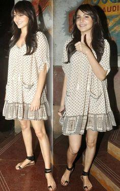 OMG! Anushka Sharma hot thighs photos collection