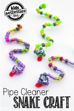Pipe Cleaner Craft: Beaded Snakes Making a pipe cleaner craft is a great way to practice hand-eye coordination with little ones and these beaded snakes are a fun way to do just that! The post Pipe Cleaner Craft: Beaded Snakes appeared first on Summer Diy. Crafts For Teens, Diy For Kids, Cool Crafts For Kids, Creative Crafts, Kids Arts And Crafts, Camping Crafts For Kids, Camping Ideas, Safari Crafts Kids, Mountain Crafts For Kids