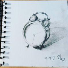Alarm clock. Sketching #under10minutes! Graphite.