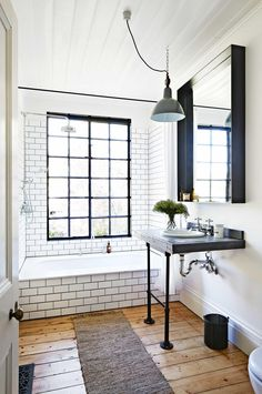 SH: love the dark grout with the subway tile - i feel like that gives it a vintage european vibe
