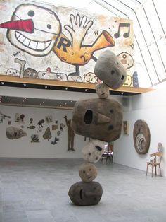 Les Chats Pelés Art Brut, Land Art, Garden Art, Puppets, Summer Time, Diy And Crafts, Contemporary, Dolls, Unique