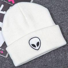 2016 Fashion Womens Mens Alien Print Knitted Crochet Hats Winter Warm Hat Pure Cap