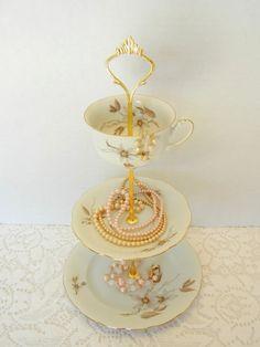 Jewelry Stand, Vintage China, Tidbit Holder, Petite Dessert Stand, Candy Stand, Vintage Decor – Vintage Crown Holden Bavaria
