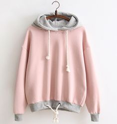While this fashion style make this piece a must-have of your sportswear wardrobe. Pastel Goth Fashion, Pink Fashion, Fashion Outfits, Hoodie Outfit, Sweater Outfits, Kawaii Clothes, Harajuku Fashion, Fashion Company, Sweat Shirt