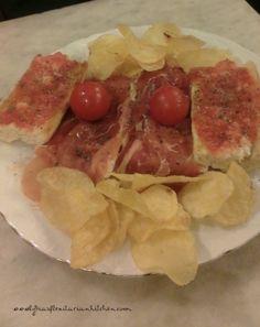 Tapas Tuesday: Pan con Tomate {Bread and Tomatoes} ~ Lydia's Flexitarian Kitchen