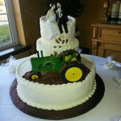 Wedding Cake Topper John Deere Green Tractor Themed w/ Bridal Garter ...