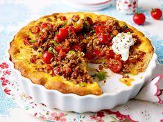 Zwiebel-Tomaten-Quiche mit Hackfleisch Rezept | LECKER
