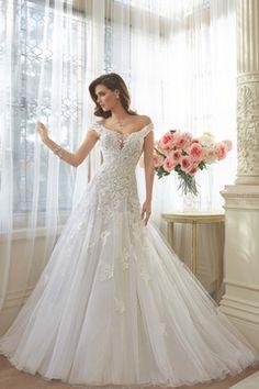 2016 vestidos de boda A-Line Scoop Tren de la capilla de Tulle con apliques de encaje arriba Volver US$ 269.99 VEP1817A92 - Vestido2015.com