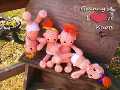 Granny's Love Knots: Pearl Babies Pattern for free! These dolls are so cute!