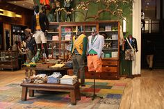 Tommy Hilfiger @ Tokyo. I want those furnitures for our store...