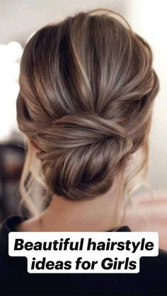 Messy Wedding Hair, Wedding Hairstyles For Long Hair, Wedding Hair And Makeup, Bride Hairstyles, Easy Hairstyles, Indian Hairstyles, Homecoming Hairstyles, Classic Wedding Hair, Classic Hairstyles