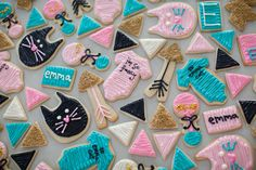 Modern geometric cookies by Jenny Cookies | 100 Layer Cakelet #babyshower