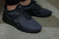 asics-gel-kayano-triple-black-and-all-red-02 88737e17ab