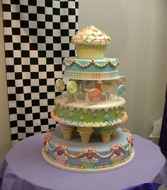 Absolutely amazing cake featuring everything that is sweet and cute!