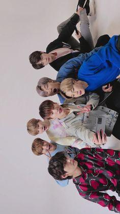 How cute - How cute - Foto Bts, Bts Lockscreen, Billboard Music Awards, Bts Jungkook, Bts Group Photos, Album Bts, Steve Aoki, Bulletproof Boy Scouts, Bts Pictures