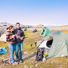 Throwback to our hiking and camping times in Norway, which after all, might be my most favorite way of traveling. How do you like to travel? Більше за все мабуть люблю їздити з палатою на природу. А який ваш улюблений спосіб подорожувати? #throwbackthursday #tbt #hiking #camping #norway #mountains #travel_monkey #гори #норвегія #подорож