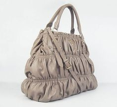 I purchased the Marissa Office Tote.#Prada #Bags #Outlet #Pradabay.com