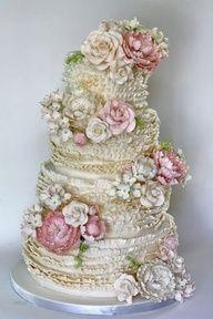 vintage look wedding cake   vintage style wedding cake   WEDDING CAKES