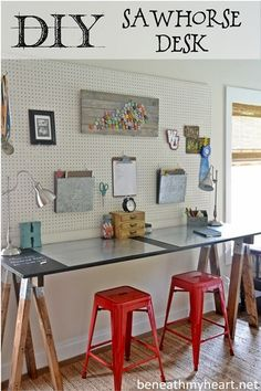 DIY Sawhorse Desk #lowescreativeideas #backtoschool #organization