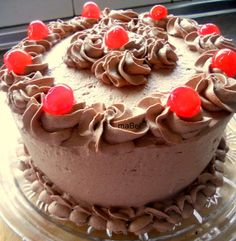 Tarta oscura de chocolate con trufa ~ Pasteles de colores