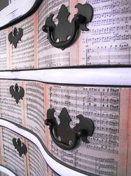 Decoupaged with Mozart - Genius!