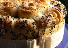 PAINE CU ULEI DE MASLINE Apple Pie, Bread Recipes, Mashed Potatoes, Romania, Ethnic Recipes, Desserts, Food, Bread Baking, Biscuits