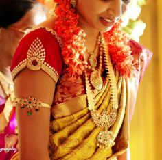 South Indian bridal jewellery....love the detailing on the sleeve