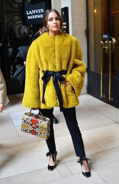 See what this week's best dressed celebs wore, from Zoë Kravitz to Olivia Culpo. Olivia Culpo, I Love Fashion, Girl Fashion, Fashion Looks, French Fashion, Streetwear Mode, Streetwear Fashion, Celebrity Dresses, Celebrity Style