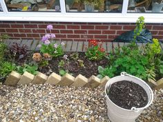 Inexpensive (And Interesting!) Garden Edging with Pavers