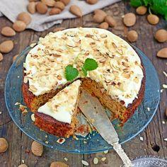 En smakrik morotskaka för glutenintoleranta. lägg till mer morötter eller äppelmos, byt strösocker mot sötströ och kolla efter 50min