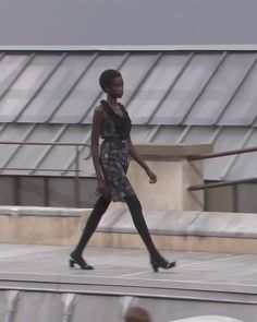 Spring Summer 2020 Ready-to-Wear Collection. Runway Show by Chanel. Chanel News, Haute Couture Fashion, Summer Outfits Women, Red Carpet Fashion, Runway Fashion, Ready To Wear, Casual Outfits, Outfit Ideas, Spring Summer