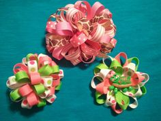 Cute loopy hairbows :)