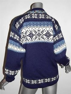 Geometric Regular Size XS Cardigan Sweaters for Women Knitting Sweaters, Cardigan Sweaters For Women, Wool Cardigan, Sweater Jacket, Men Sweater, Norwegian Knitting, Fair Isle Knitting, Blue Cream, Jumpers