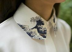 Items similar to version: Fine Art Collection Japanese painting Hokusai's The Great Wave of Kanagawa white Shirt with wave collar on Etsy Fashion Design Inspiration, Mode Inspiration, Creative Inspiration, Morning Inspiration, Fashion Details, Look Fashion, Fashion Art, White Fashion, Unique Fashion