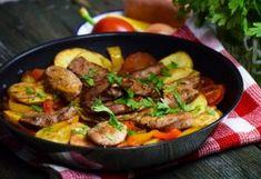Pork Tenderloin with letcho and potatoes - Szűzpecsenye lecsós burgonyával - NOSALTY Hungarian Recipes, Hungarian Food, Kung Pao Chicken, Paella, Meat Recipes, Food Hacks, Carne, Tapas, Potatoes