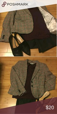H&M Blazer Gorgeous Gray, Burgundy Herrigbone Blazer, very nice condition, Size 12. Like new, has been stored with winter clothes and only worn a couple of times. H&M Jackets & Coats Blazers