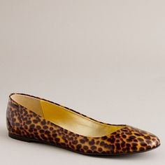 I usually hate animal prints, but I would definitely wear these leopard print flats. So cute!