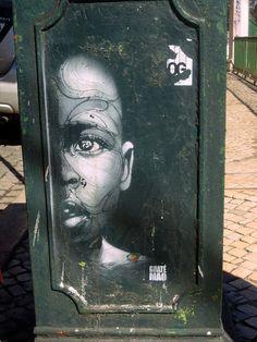 Guaté Mao - Street art, Lisbona