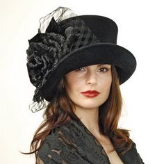 kentucky derby hats on Stylehive. Shop for recommended kentucky derby hats by Stylehive stylish members. Get real-time updates on your favorite kentucky derby hats style. Top Hats For Women, Women Hats, Ladies Hats, Celebridades Fashion, Victorian Hats, Estilo Fashion, Emo Fashion, Gothic Fashion, Victorian Fashion