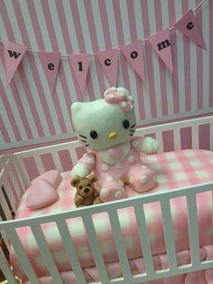 Hello Kitty baby cake