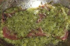 Zázračný trik, s ktorým záručene zmäkne každé mäso: Aj to najtuhšie hovädzie sa vám bude rozpadať na jazyku! Guacamole, Ethnic Recipes, Food, Mexican, Eat, Meat, Essen, Meals, Yemek