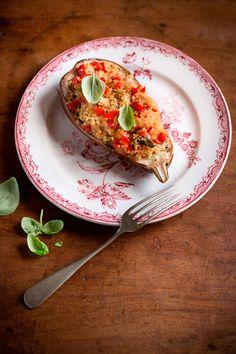 Melanzane ripiene di quinoa e peperoni