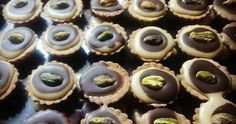 Recepty so Salkom - Receptik. Mini Cupcakes, Tofu, Desserts, Hampers, Deserts, Dessert, Postres, Food Deserts