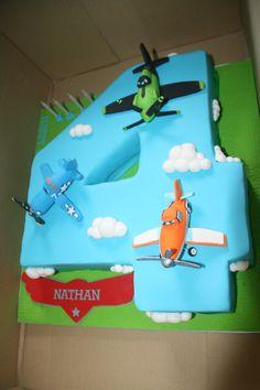 Disney Planes Cake by a Cake Creation Disney Planes Cake, Disney Planes Birthday, Airplane Birthday Cakes, Airplane Party, 4th Birthday Parties, Boy Birthday, Fourth Birthday, Birthday Ideas, Party Cakes