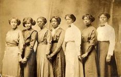 """gaietygirl: """"dbvictoria: """"VICTORIAN WOMEN OF COLOR """"These are selections of wonderful and very intact photographs taken during the Victorian Era, mainly from the years 1860 to 1901. Photos of Women of..."""