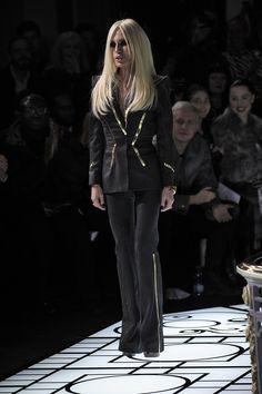 Versace= love!